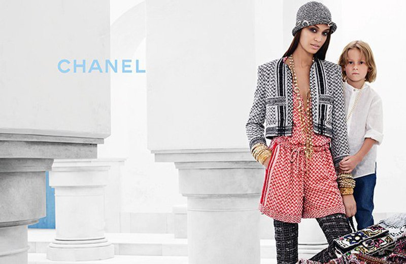 Ad Campaign | Chanel Cruise 2015 ft. Joan Small by Karl Lagerfeld