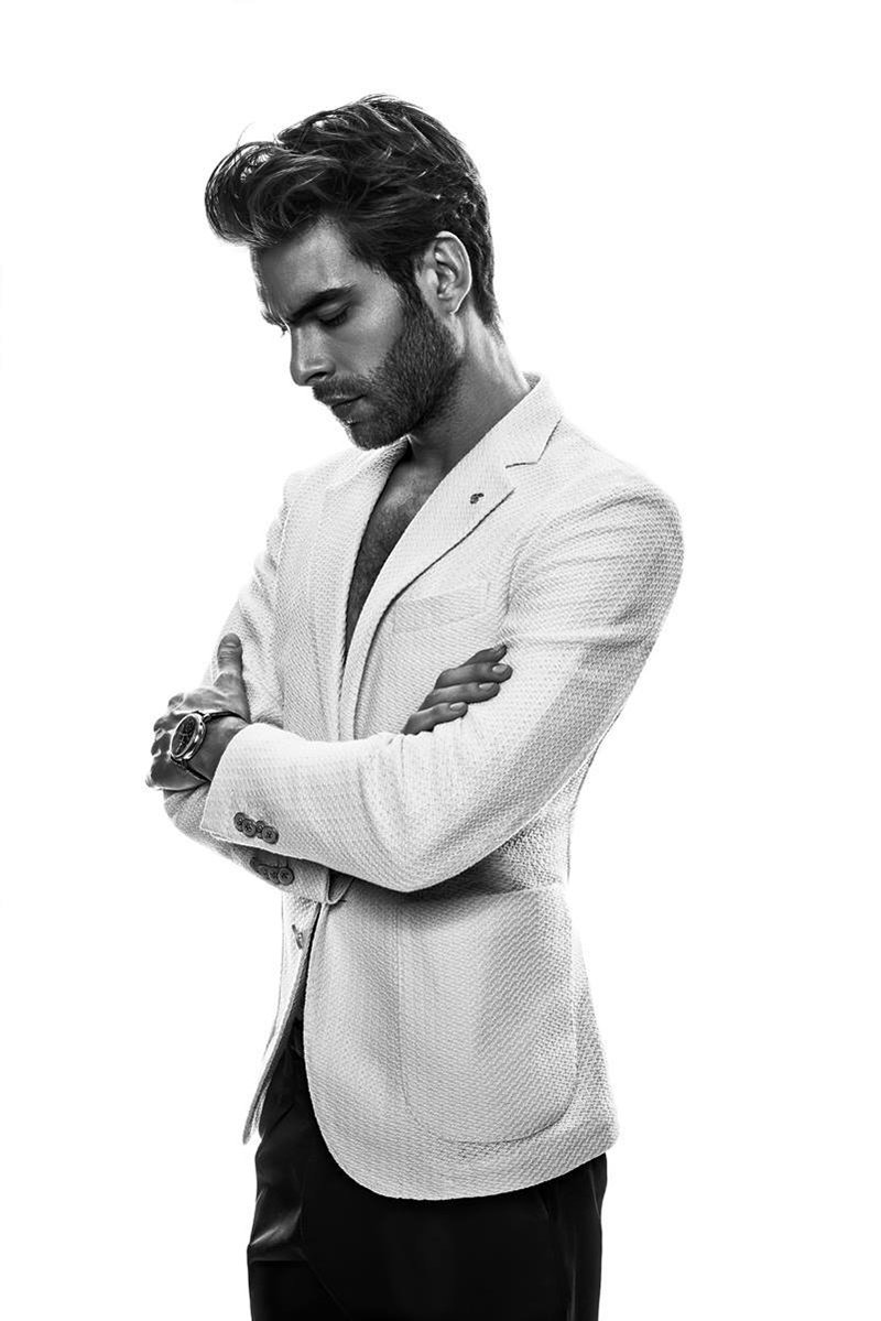 Jon-Kortajarena-by-Anthony-Meyer_fy9
