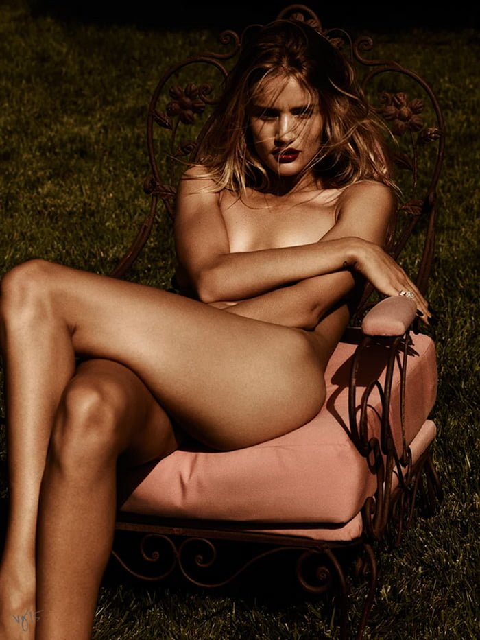 rosie-huntington-whiteley-nude-violet-grey-02