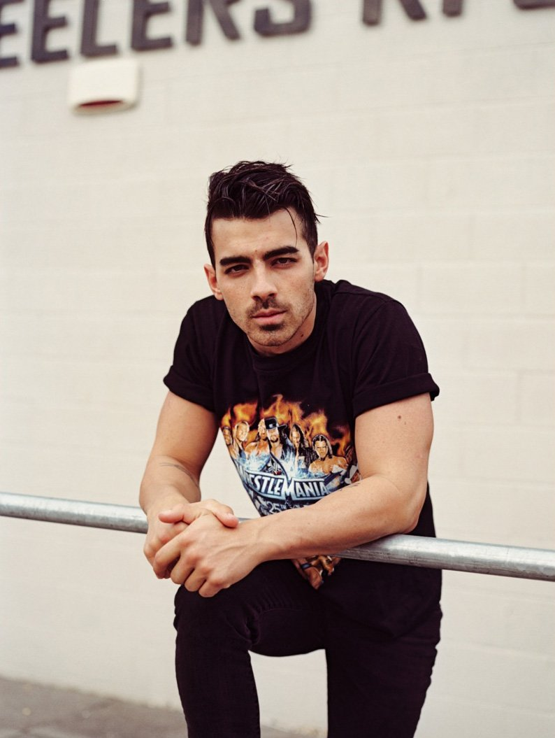 joe-jonas-by-pantelis_fy7